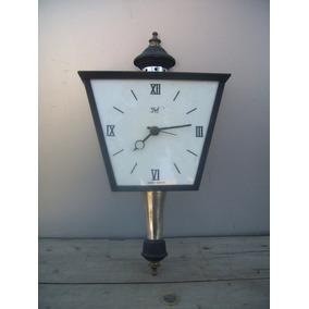 Antiguo Reloj De Pared Electrico Forma De Farol Decoracion
