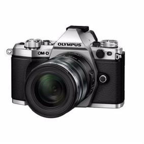 Câmera Olympus Om-d E-m5 Mark Ii + Lente Ed 12-50mm Ez M43