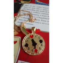 Colar Alice No País Das Maravilhas Relógio Coelho Dourado