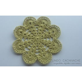Carpeta - Centro De Mesa - Tejida Al Crochet - Modelo Flor