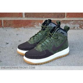 Botas Nike Lunar Force