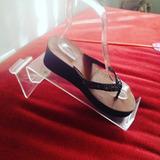 Exhibidor De Calzado En Acrílico Para Sandalias