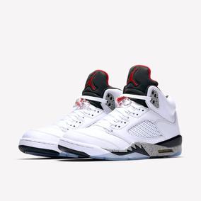 Air Jordan 5 blancas