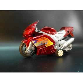 Moto Plastica A Friccion.. Funciona!! 12cm Esca 1/24