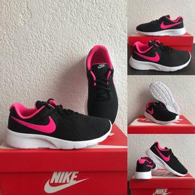 Nike Tanjun Negro C/ Rosa. Talla 3.5. Originales