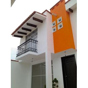 Casa En Venta En Cacalomacan, Toluca Edoméx.