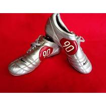 Zapatos Fútbol. Total 90 Iii.