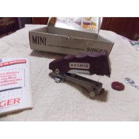 Mini Singer Com Caixa E Manual