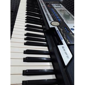 Teclado Semiprofesional Yamaha