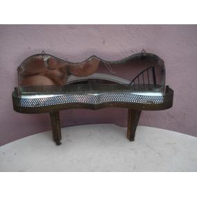 Antigua Repisa Colgante De Madera Y Bronce