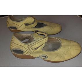 Zapatilla Tipo Sandalia * Ferli * N° 39 Con Abrojo