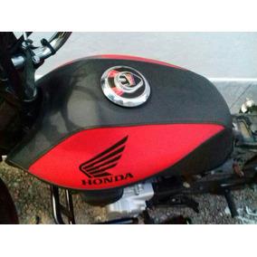 Capa Protetor De Tanque Moto Cb300,fan E Titan150 2000/09.