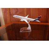 Avión Latam 1/400 Envío Gratis (en Stock)