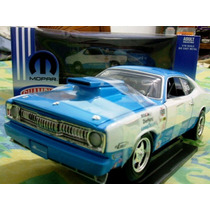 1972 Plymouth Duster Mopar Champions 1/18