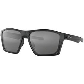 ac5b48f29378f Parafusos Oakley Perninha De Sol - Óculos De Sol Oakley em Campo ...