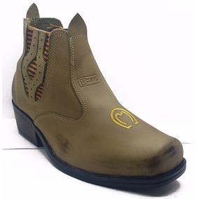 06e6d07846 Sapato Douradinho De Salto Estilo Botas - Sapatos Masculinos no ...