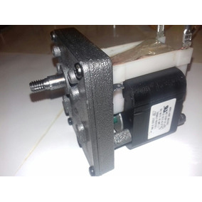 Motorreductor 120 V Ac, 60 Hz 145 Watts, 18 Rpm, 3.7 A.