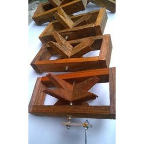 Carretilha Segura De Pipas Sistema Antigo De Madeira
