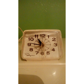 Reloj Despertador Antiguo De Mesa Electrico