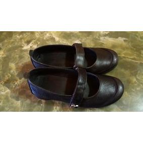 Zapatos Kickers Colegiales De Cueros Negros Talla 35