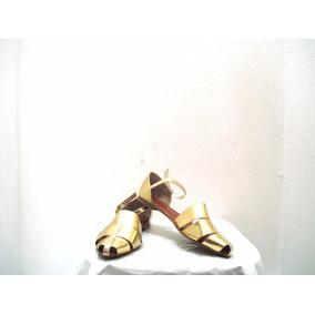 Sandalia Baixa Dourada Com Detalhe Recortada Barra Modas