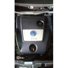 Tapa Plastica Cubre Motor Vw Bora Tdi Original