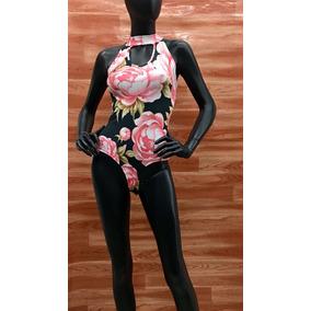 Panty Blusa Negra Flor Rosa - Maat Clothing