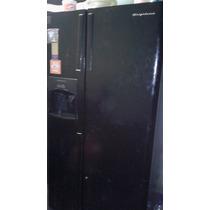 Refrigerador Dos Puertas Con Despachador De Hielo Y Agua