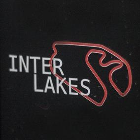 Adesivo Interlakes - Tamanho: 9x5cm
