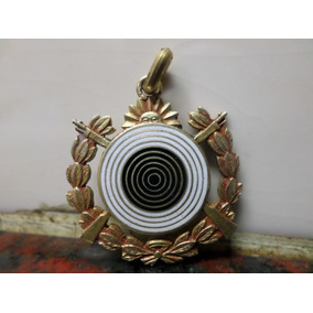 Medalla Federacion Argentina De Tiro Plata Bañada En Oro