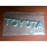 Emblema Trasero Cromado Maleta Toyota Corolla 2009 2014 3m