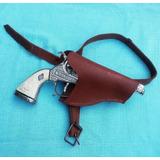 Revolver Metálico El Llanero C/cartuchera (déc Del ´60)