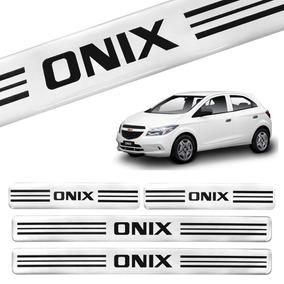 Jogo De Soleiras Gm Onix Prata Acessorio Carro Chevrolet