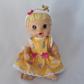 Kit Com 4 Roupas Tiara Roupinhas Para Baby Alive Boneca