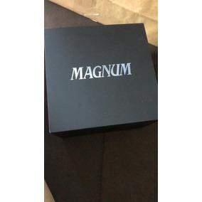 Relógio Magnum Masculino Preto Puceira De Couro. Diversos.