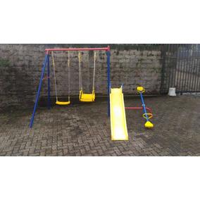 Playground Poupa Espaço Mini