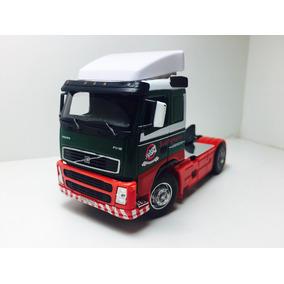 Miniatura Caminhão Volvo Fh12 Cararama 1/50 Verde/vermelho