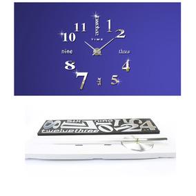 Reloj De Pared De La Etiqueta Engomada De La Plata Moderna A