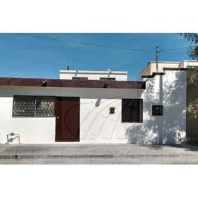 Casa De Una Planta, Totalmente Remodelada Y Con Excelente Ubicación, A Pocos Metros Del Parque Dos Ríos, El Dif, La Secundaria Técnica 78, Oxxo Y Rutas De Camión. Lista Para Habitarse. (10-cv-3480 Ac