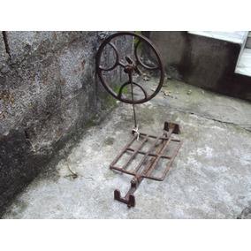 Pedaleira De Maquina De Costura Antiga