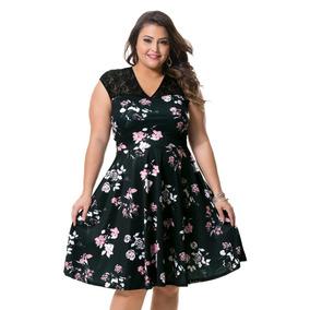 Vestido Plus Size Em Jersey Acetinado Com Detalhes De Renda