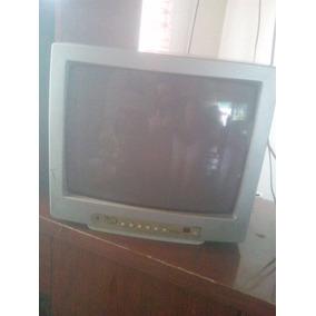 Televisor Marca Royal