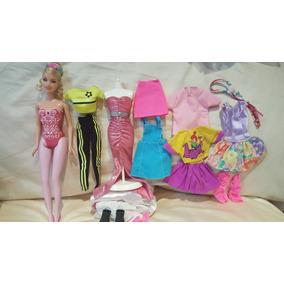 Muñeca Barbie Mattel Semi Nueva Con Bastante Ropa Y Mas