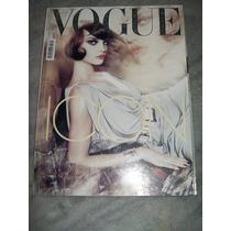 Vogue Italia Nº 692 - 04/08 - Valeria G, Claudia S, Audrey T