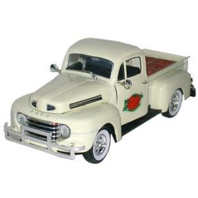 La Camioneta Pickup Ford 1949 F1 Con Tomate Cajón Escala 13