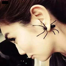 Brinco Aranha Preta 3d Spider Rock Hallowen Unidade