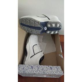 Zapatillas Escolares N°30 ( Sin Uso) 19.5 Cm Plantilla
