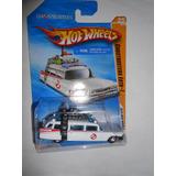 Hot Wheels Ecto 1 Basica 2010