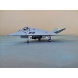 Avion Invisible F-117 Stealth Metalico Escala 1:72