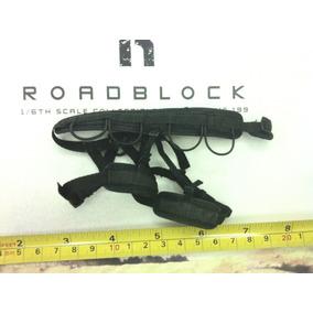 Hot Toys Harnes De Cintura Con Bases Para Funda